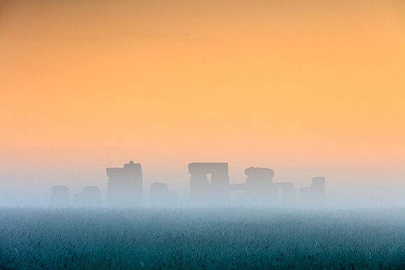 Stonehenge The world's most famous megalithic monument in the latest photos by Maurizio Rellini